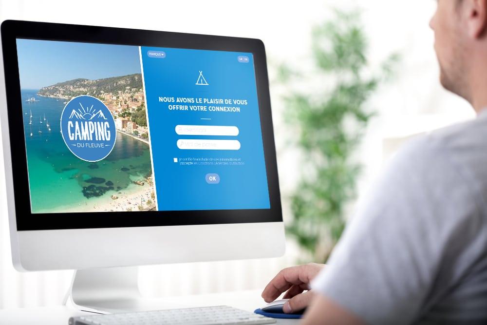 webcorner camping avec interface personnalisée